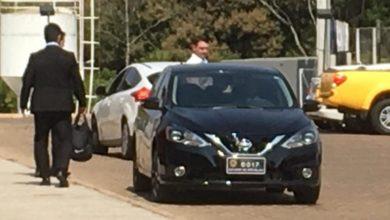 Photo of Flávio Bolsonaro frequenta academia com carro oficial do Senado