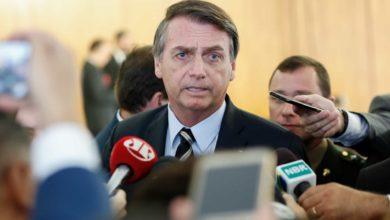 Photo of Após críticas de Bolsonaro, ministro suspende edital com séries LGBT