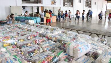 Photo of Cestas de Natal: Fundo Social conclui entrega de cartões