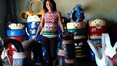 Photo of Kelly já tirou mais de dois mil pneus das ruas de Ribeirão para transformar em arte