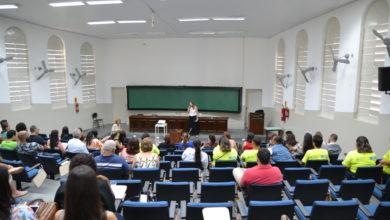 Photo of Assistência Social incentiva o debate sobre o SUAS em encontro com Yolanda Guerra