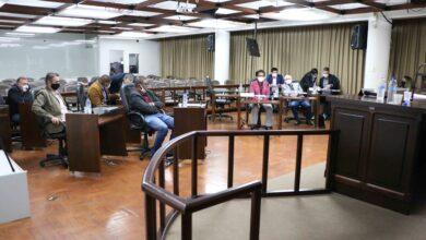 Photo of Três projetos são aprovados em sessão ordinária após inclusão na Ordem do Dia